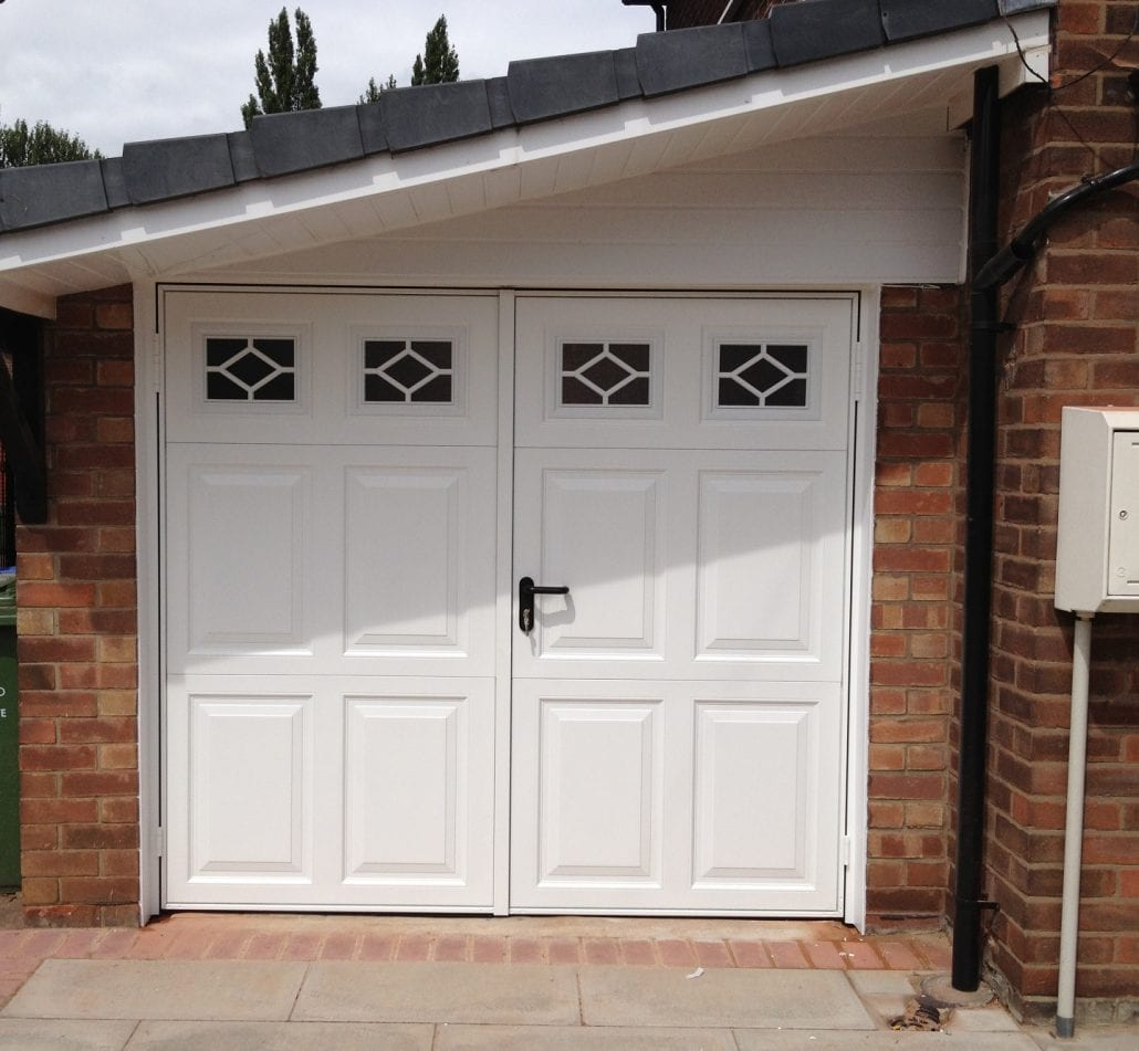 Seceuroglide insulated sectional garage door georgian cassette - Garage Doors