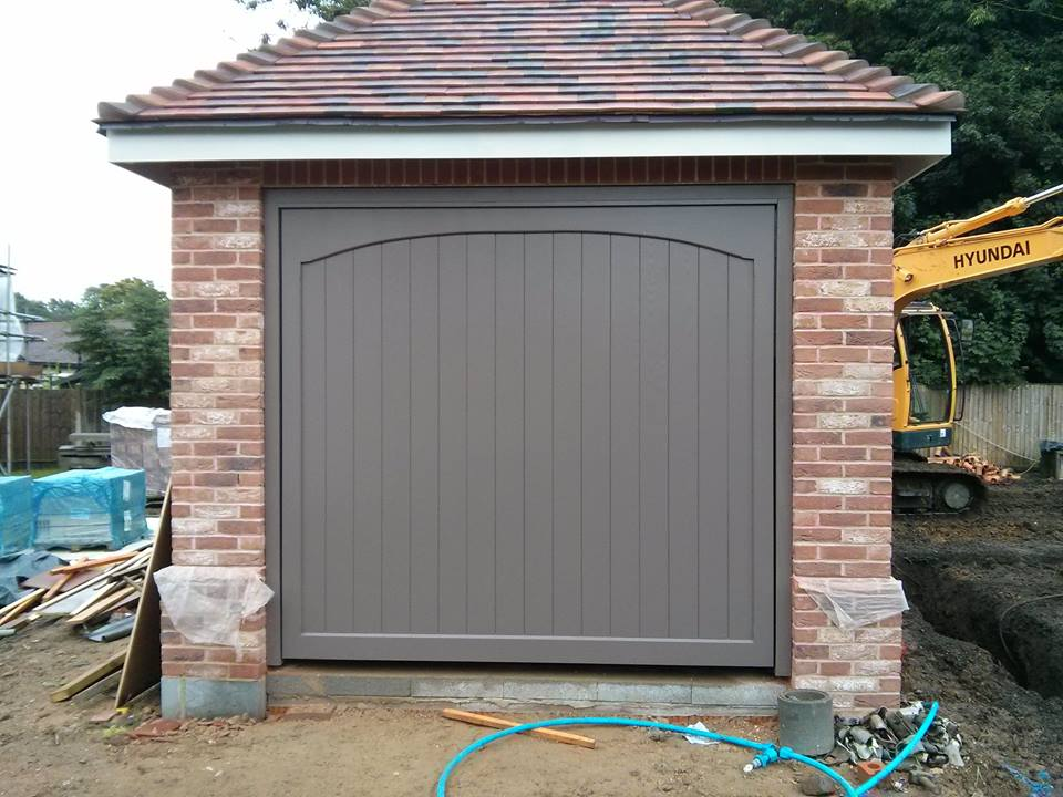 Wooden garage doors timber garage doors for sale uk for Garage doors uk