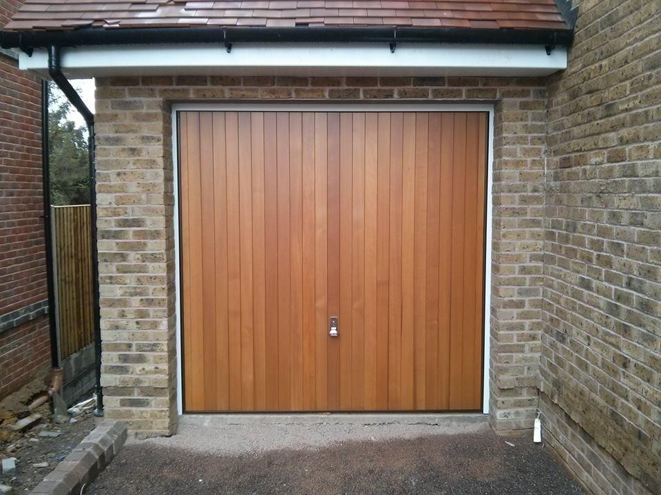 Garage Doors Windsor Berkshire Local Garage Doors Windsor Uk