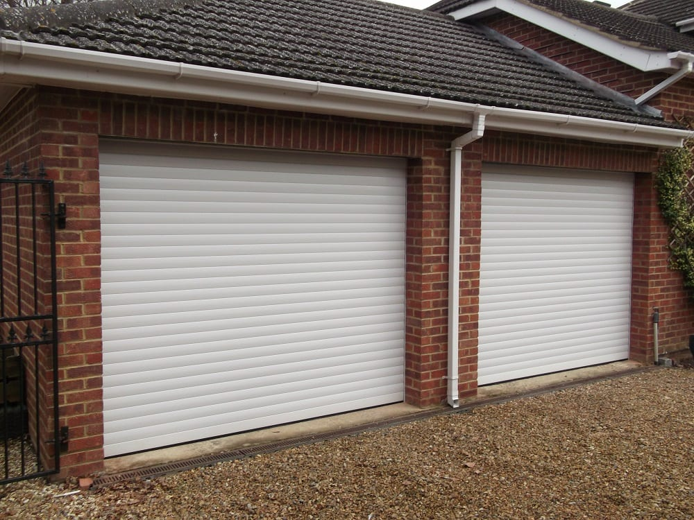 Garage doors westergate west sussex garage doors west for Garage door materials