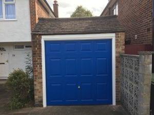 Garador Georgian Retractable Up and Over garage door