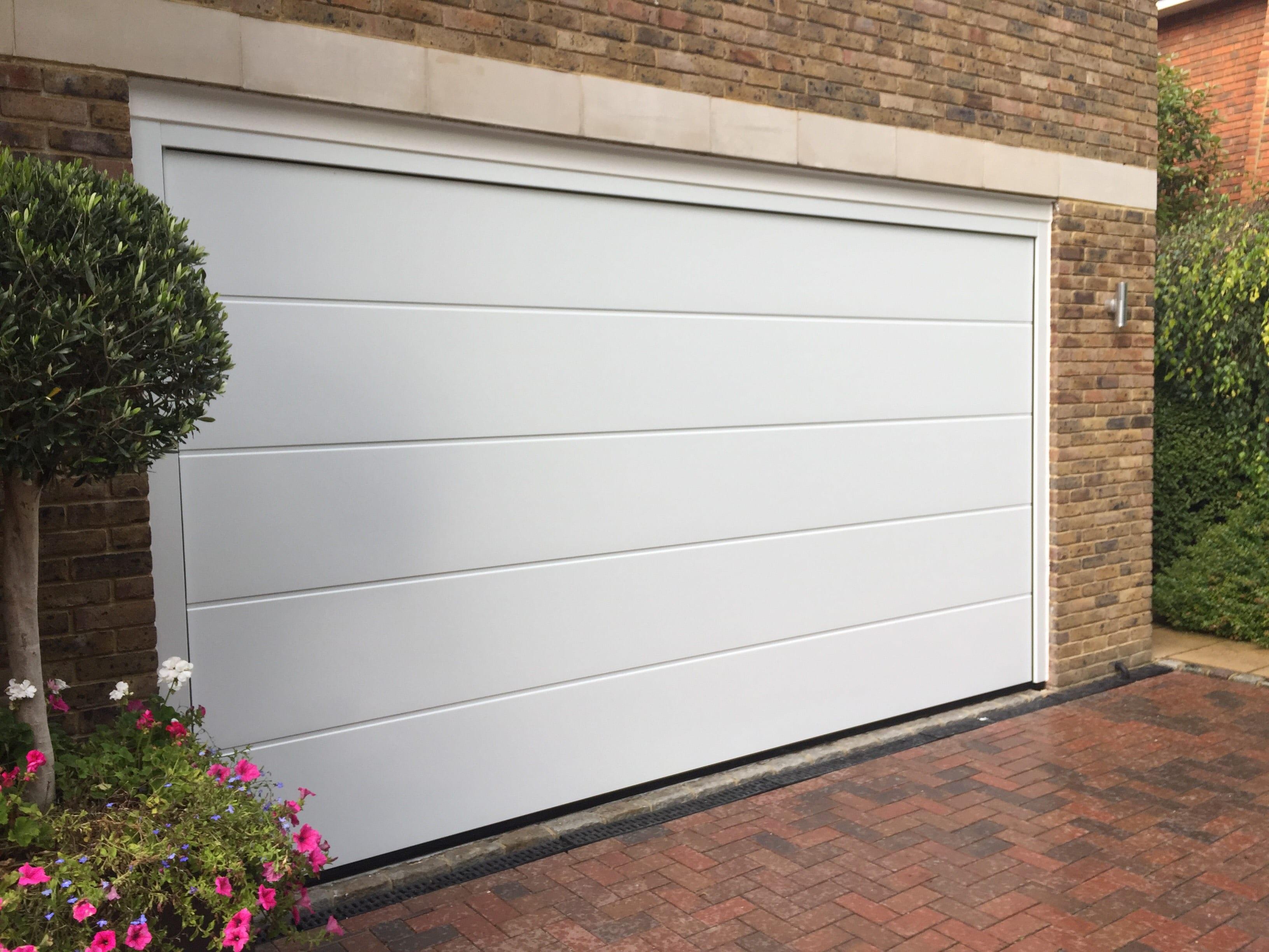 Seceuroglide insulated sectional garage door georgian cassette - Garador Linear Large Sectional Garage Door