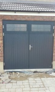 Ryterna Traditional Vertical insulated Side Hinged doors