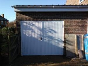 Garador Carlton Side Hinged garage doors