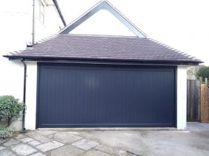 Woodrite Uttoxeter Retractable Up and Over