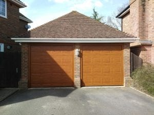 Garador Georgian Premium Sectional garage doors