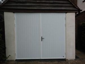 Ryterna Vertical Ribbed side hinged garage doors